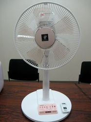 sharp_fan_1.jpg